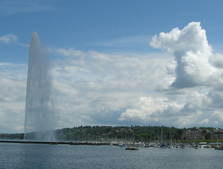 Geneva's Jet d'Eau - World-famous Fountain