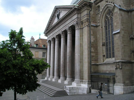 Archaeological Exhibition at Cathedrale Saint-Pierre